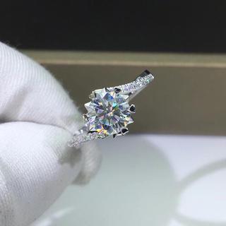 【1カラット 】輝くモアサナイト ダイヤモンド リング K18WG(リング(指輪))