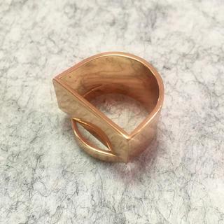 トーガ(TOGA)のヴィンテージ 変形リング(リング(指輪))
