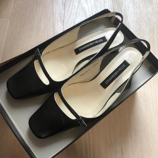 ストロベリーフィールズ(STRAWBERRY-FIELDS)のストロベリーフィールズ 靴(ハイヒール/パンプス)