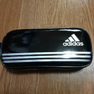 アディダス(adidas)のアディダスadidasエナメルペンケース 新品 ブラック 新学期(ペンケース/筆箱)