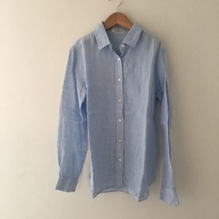 トゥモローランド(TOMORROWLAND)の美品 マカフィー リネンシャツ  ブルー 水色(シャツ/ブラウス(長袖/七分))