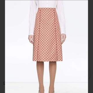 グッチ(Gucci)のGUCCI  専用商品です❤️❤️❤️(ひざ丈スカート)