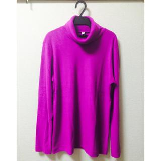 ユニクロ(UNIQLO)のUNIQLO👚tops(Tシャツ(長袖/七分))