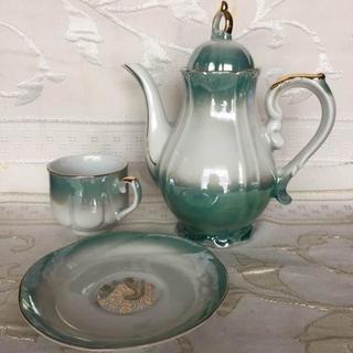 アンティーク 不思議の国のアリスのお茶会のようなコーヒーポット&カップソーサー(食器)