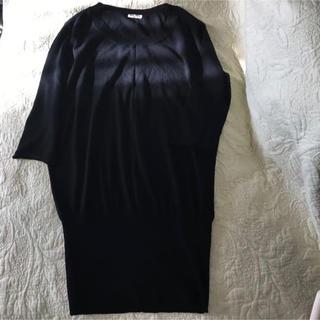 ミュウミュウ(miumiu)のmiu miu ミュウミュウ ブラックチュニックセーター スリム 40サイズ(チュニック)
