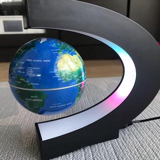 地球儀 浮かぶ(置物)