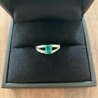 エメラルド 0.48ct ダイヤモンド 0.22ct プラチナ 指輪 リング(リング(指輪))