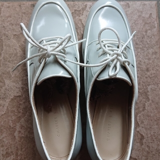 チャールズアンドキース(Charles and Keith)のチャールズ&キース (ローファー/革靴)