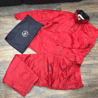 マンシングウェア(Munsingwear)の新品未使用 マンシング ゴルフレインウェアー レディース 赤 L(ウエア)