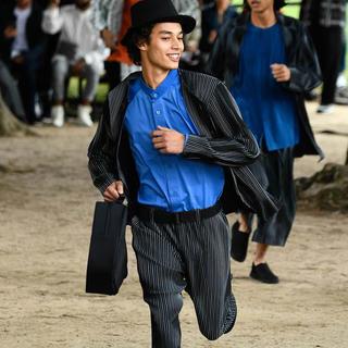 イッセイミヤケ(ISSEY MIYAKE)のhomme plisse issey miyake20ssジャケット(テーラードジャケット)