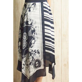 GRACE CONTINENTAL - グルースコンチネンタル Diagram スカーフ柄スカート