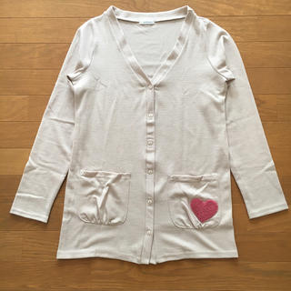 サルース(salus)のsalus サルース サガラ刺繍 ハートポケット カーディガン アイボリー(カーディガン)