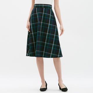 ジーユー(GU)のチェックフレアミディスカート GU 春服(ロングスカート)