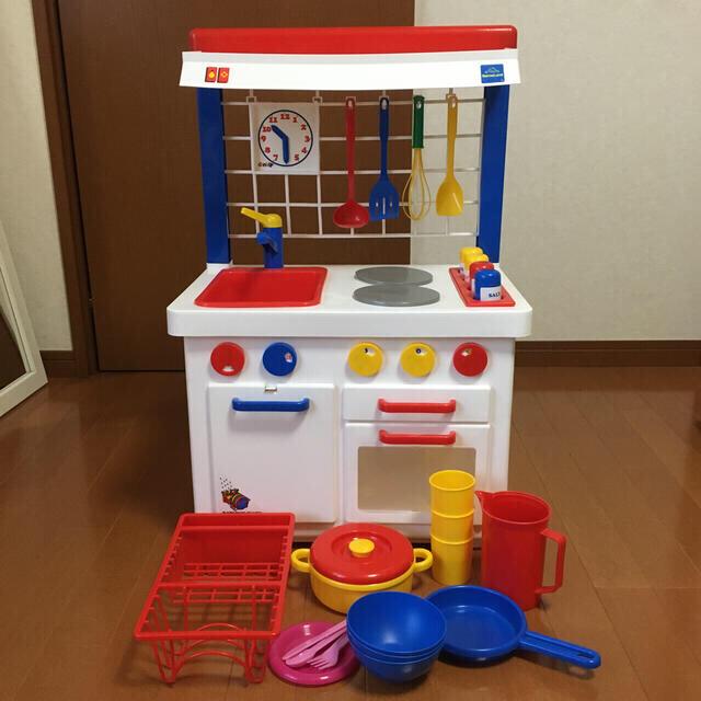 BorneLund(ボーネルンド)のいおりん様専用  ボーネルンド キッチンセット 3/30日まで キッズ/ベビー/マタニティのおもちゃ(知育玩具)の商品写真
