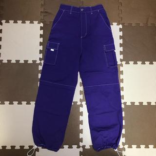 スピンズ(SPINNS)のSPINNS カーゴパンツ 紫(ワークパンツ/カーゴパンツ)