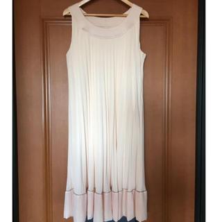 アンタイトル(UNTITLED)のアンタイトル ドレス ワンピース(ミディアムドレス)