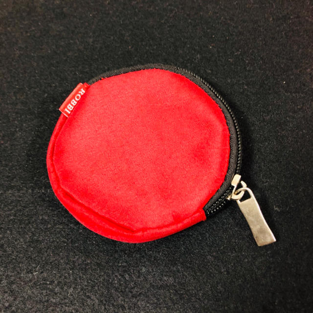 """ELECOM(エレコム)のELECOM Bluetoothイヤホン おまけ付きo(*゜▽゜︎)ノ"""" スマホ/家電/カメラのオーディオ機器(ヘッドフォン/イヤフォン)の商品写真"""