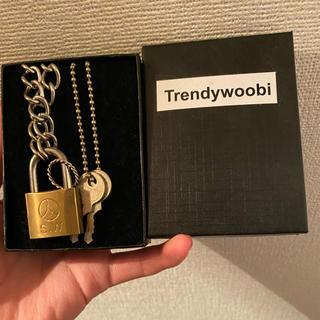 バレンシアガ(Balenciaga)のTrendywoobiの南京錠ネックレス(ネックレス)
