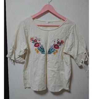 レトロガール(RETRO GIRL)のレトロガール キャンディスリーブトップス ブラウス 刺繍(カットソー(半袖/袖なし))