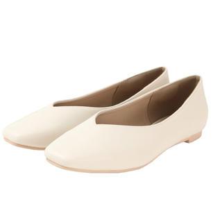 ティティベイト(titivate)のtitivate Vカット フラットシューズ(ローファー/革靴)