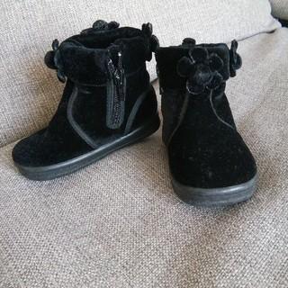お花付き黒ブーツ 10-11センチくらい(ブーツ)