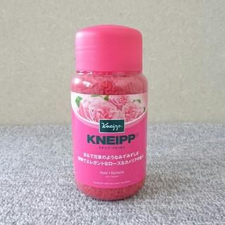 クナイプ(Kneipp)の【新品未使用】KNEIPP★クナイプ★バスソルト★ローズ&カメリアの香り600g(入浴剤/バスソルト)