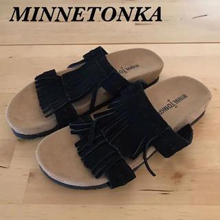 ミネトンカ(Minnetonka)のMINNETONKA スエードフリンジサンダル サイズ6(サンダル)
