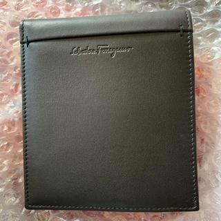 サルヴァトーレフェラガモ(Salvatore Ferragamo)の新品♡ salvatore ferragamo レザー 二つ折り財布(折り財布)