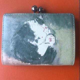 マンハッタナーズ(Manhattaner's)のmanhattaner's マンハッタナーズ がま口 二つ折り財布 猫のデザイン(財布)