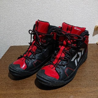 DAIWA - ダイワDAIWAスパイクシューズ 美品 磯 釣り 登山 靴 ロッド リール 地磯