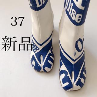 マルタンマルジェラ(Maison Martin Margiela)の新 品/37 メゾン マルジェラ 英字プリント. 足袋 タビ tabi ブーツ(ブーツ)