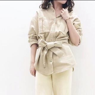 レディアゼル(REDYAZEL)のREDYAZEL ベルト付コーデュロイシャツ(シャツ/ブラウス(長袖/七分))