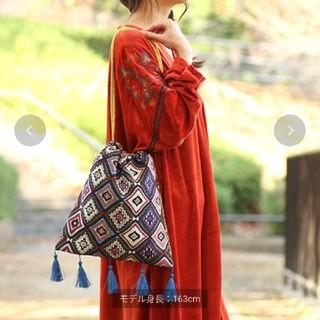 チチカカ(titicaca)の【未使用】チチカカ タッセル 巾着ショルダーバッグ(トートバッグ)