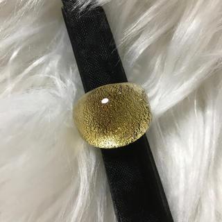 ガラスのリング(リング(指輪))