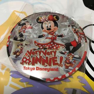ディズニー(Disney)のベリーベリーミニー  缶バッジ ディズニーランド(キャラクターグッズ)