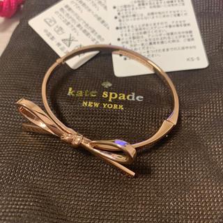 ケイトスペードニューヨーク(kate spade new york)のkate spade リボンバングル(ブレスレット/バングル)