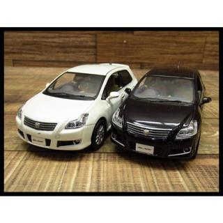 トヨタ - トヨタ 1/30 スケール ブレイド カラーサンプル ミニカー 2台セット