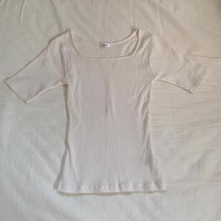 ローリーズファーム(LOWRYS FARM)の【新品】ローリーズファーム スクエアネック Tシャツ(Tシャツ(半袖/袖なし))