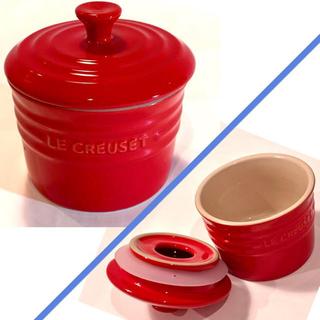 ルクルーゼ(LE CREUSET)のルクルーゼ スパイスジャー、鍋つかみ、マグネットフック、レジャーシート4点セット(収納/キッチン雑貨)