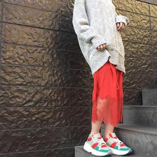 マメ(mame)のrito レーススカート レッド 巻きスカート 38 シルク 絹 サテン(ひざ丈スカート)