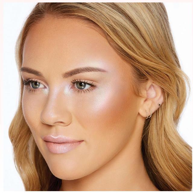 Too Faced(トゥフェイス)の꙳ベストセラー꙳ Too Facedトゥーフェイスド ダイアモンドハイライター コスメ/美容のベースメイク/化粧品(フェイスパウダー)の商品写真