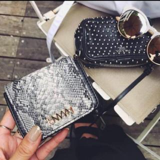 アンビー(ENVYM)のアンビー 折りたたみ財布(財布)