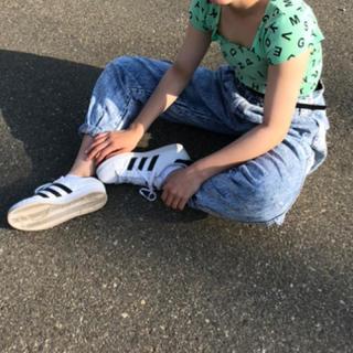ケミカルウォッシュパンツ(デニム/ジーンズ)