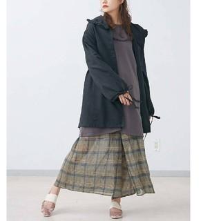 メリージェニー(merry jenny)の黒 新品タグ付 春コート 2wayフリルフードジャケット merry jenny(スプリングコート)