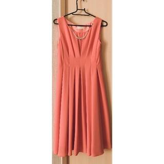 エニィスィス(anySiS)のドレス(ミディアムドレス)