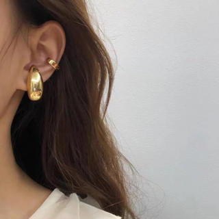 BEAUTY&YOUTH UNITED ARROWS - Metal drop gold earcuff No.312