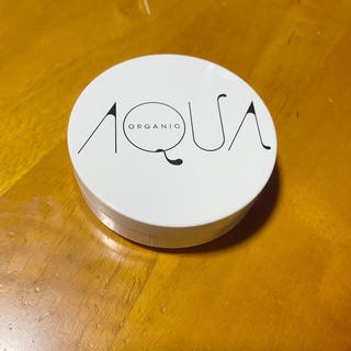 Cosme Kitchen - AQUAAQUA アクアアクア ファンデーションケース パフ付き