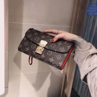 オーバーザトゥウェルブ(OVER THE TWELVE)の財布(財布)