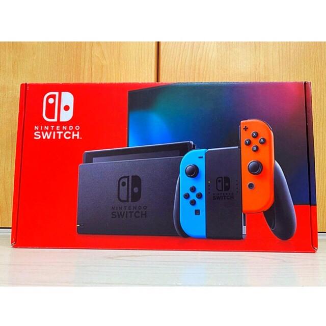 Nintendo Switch(ニンテンドースイッチ)の【美品】 switch (スイッチ) 新型 中古 エンタメ/ホビーのゲームソフト/ゲーム機本体(家庭用ゲーム機本体)の商品写真