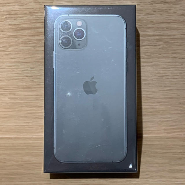 iPhone(アイフォーン)のiPhone 11 Pro 256GB Simフリー ミッドナイトグリーン スマホ/家電/カメラのスマートフォン/携帯電話(スマートフォン本体)の商品写真
